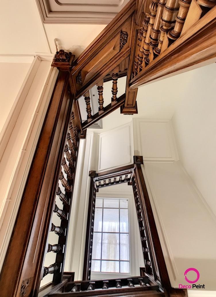 cage d'escalier rénovée par Deco Peint à Orléans
