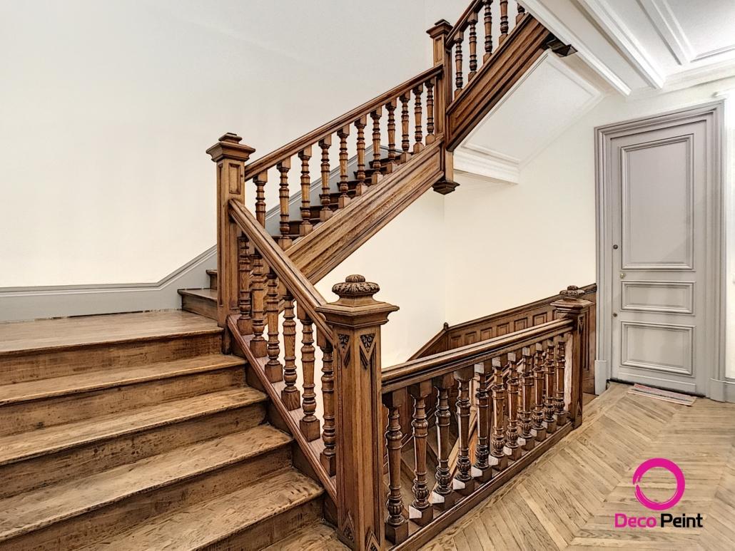 parquet et escalier rénovés par Deco Peint