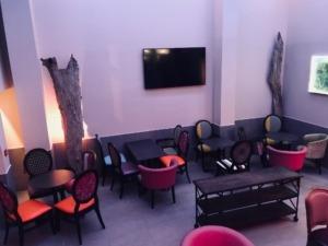 Murs du restaurant Suite & Faim peint par Deco Peint