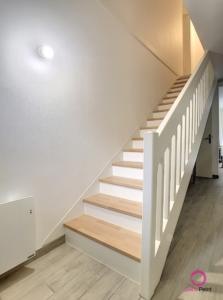 cage d'escalier mise en peinture par Deco Peint
