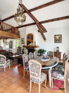 poutres laquées et rénovées dans une maison à Meung sur Loire